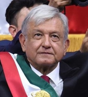 El_presidente_de_los_Estados_Unidos_Mexicanos,_AMLO